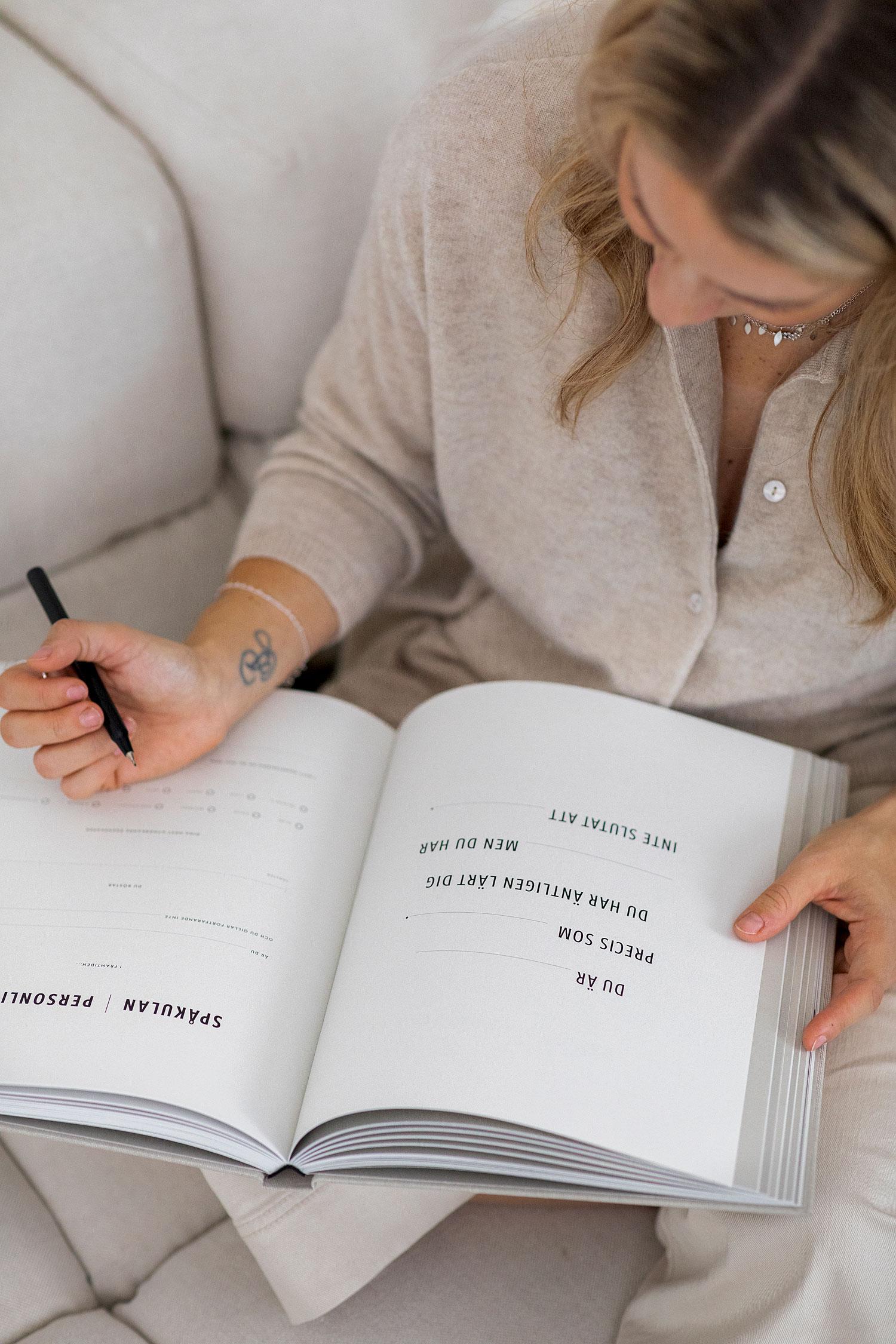 Fylla i bok bästa julklappen till alla med barn